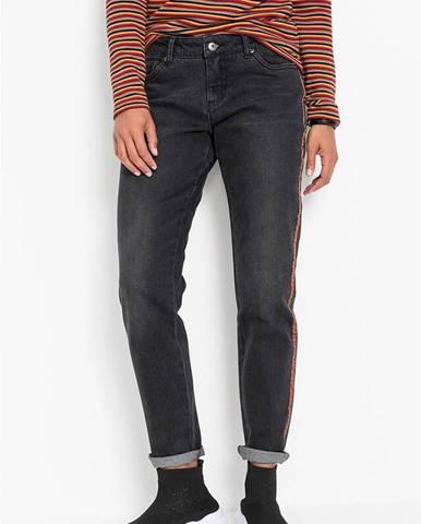 Boyfriend džínsy s bočnými pásmi