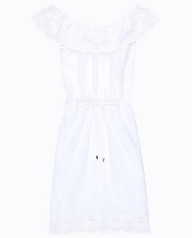 Šaty s odhalenými ramenami s háčkovaným detailom
