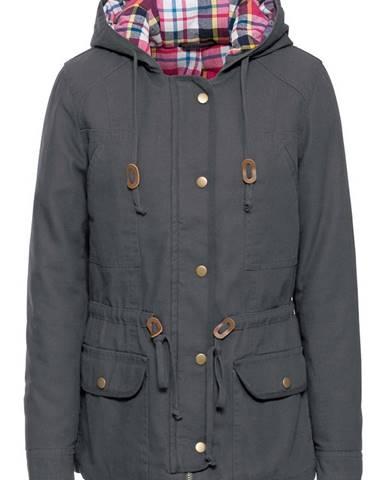 Zimná bunda s károvanou podšívkou