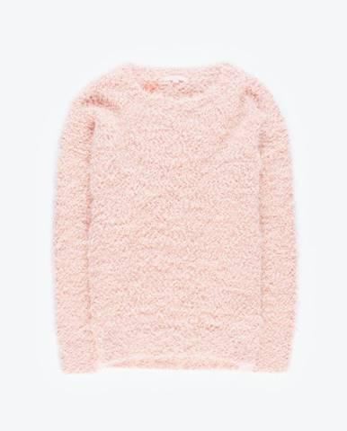 Chlpatý pulóver