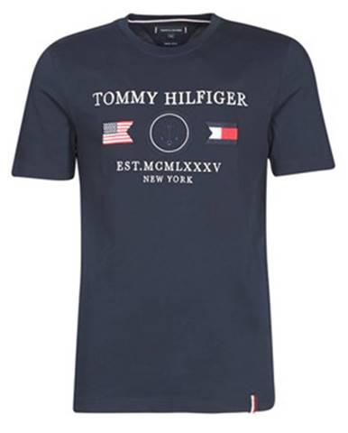 Tričká s krátkym rukávom Tommy Hilfiger  ANCHOR FLAGS RELAXED FIT TEE